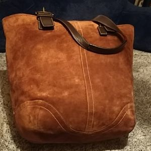 Authentic XL Coach suede brown w leather handles